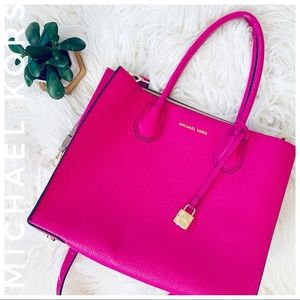 MICHAEL KORS got pink handbag purse